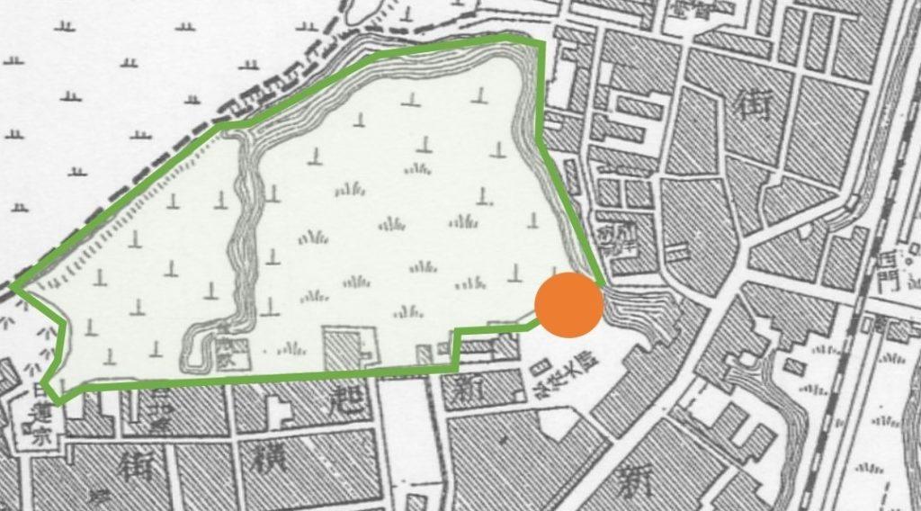 圖 3 橘點為市場預定地,綠框內為溝渠與墓地